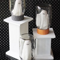 Ghosts in Jars Halloween Craft