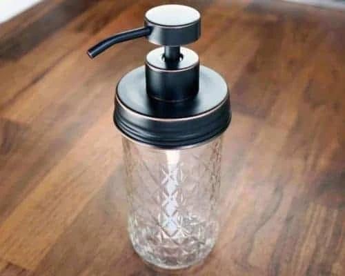 mason-jar-lifestyle-soap-pump-dispenser-lid-kit-oil-rubbed-bronze-#2-12oz-quilted-jar-wood