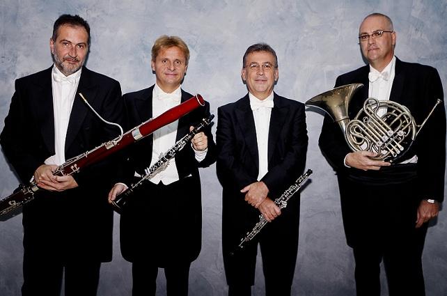 Solistas de la OFGC para Mozart