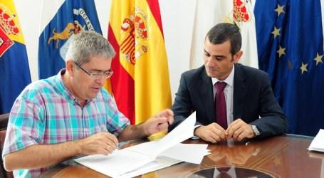 Ayuntamiento y empresa firman el convenio de modernización de Sol Barbacan, en Playa del Inglés