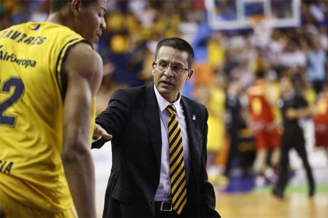 Pedro Martínez, entrenador del Herbalife Gran Canaria (foto: cbgrancanaria.net)