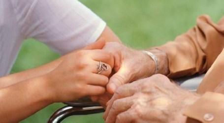 El PSOE de Santa Lucía organiza una charla para los cuidadores de personas dependientes