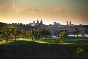 Campo de golf en San Bartolomé de Tirajana (foto: m.lopesan.com)