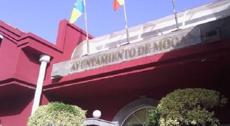 """El alcalde de Mogán """"impone"""" el aumento de tasas a los taxistas"""