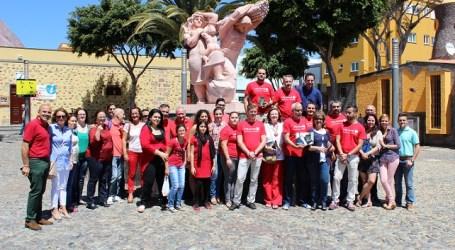 Los socialistas liberan libros para denunciar la política cultural de Santa Lucía
