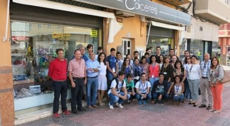 Más de 30 comercios de Santa Lucía participan en el I Concurso de Escaparates