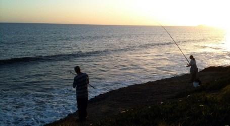 San Bartolomé de Tirajana prohíbe la pesca a menos de 150 metros de bañistas