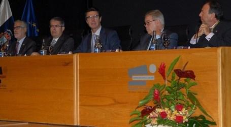 Nuevos abucheos al ministro Soria y despistes del alcalde Marco Aurelio