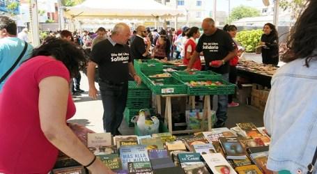 El Espal sale a la peatonal de Vecindario con libros, teatro, conciertos y verseadores