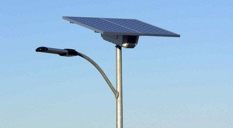 El Salobre, Ayagaures y El Matorral estrenan farolas fotovoltaicas