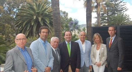 Designan a Fernando Fraile y a Juan José Hidalgo Premios de Turismo 'Islas Canarias'