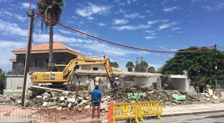 Vecinos de Santa Águeda se despiden de su viejo Centro de Mayores