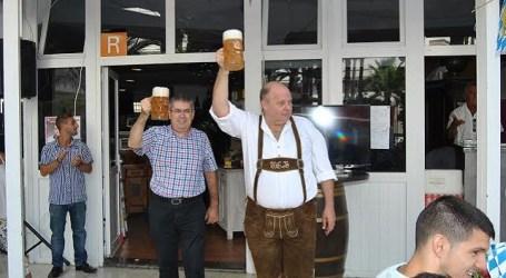 Unas 200 personas se dan cita en la primera fiesta de la cerveza de Maspalomas