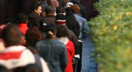 El paro registrado baja en Canarias y se coloca líder en el crecimiento de autónomos