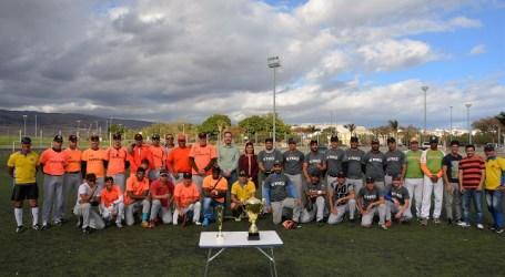El D'Fox de Vecindario se adjudica la 2ª Copa de Maspalomas de softbol modificado