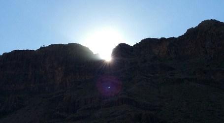 La llegada del sol a la Tumba del Rey marca el inicio de la primavera en Gran Canaria