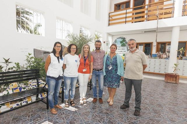 CEAR Vecindario, visita del SCS y Médicos del Mundo