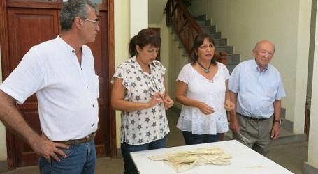El artesano santaluceño Juan Ramírez recibe un homenaje del Cabildo