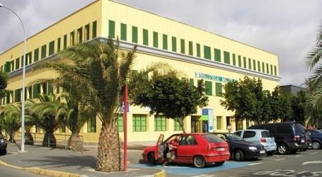 Santa Lucía celebra el Día de la Biblioteca implicando a estudiantes en las funciones diarias