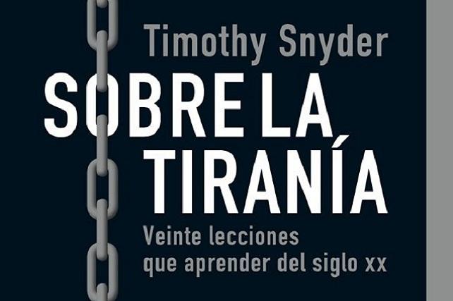 Sobre la tiranía, Timothy Snyder