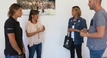 Dunia González felicita a las hermanas Ruano por su último campeonato mundial