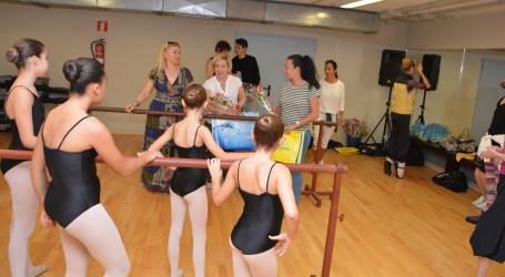 El Ballet de San Petersburgo imparte una clase magistral en Maspalomas