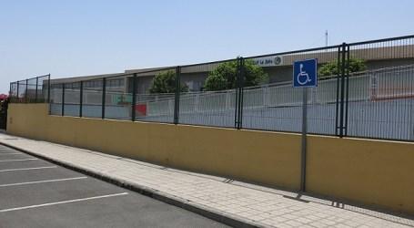 El Ayuntamiento de Santa Lucía solicita a Educación que ejecute las infraestructuras pendientes en el municipio