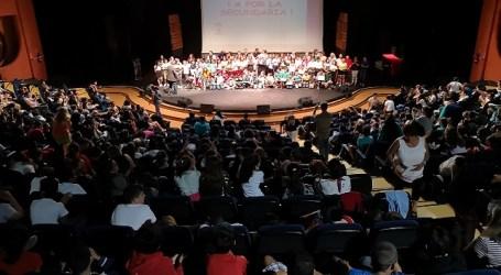 El Ayuntamiento distingue a 36 escolares de 6º de Primaria por su trayectoria personal y académica