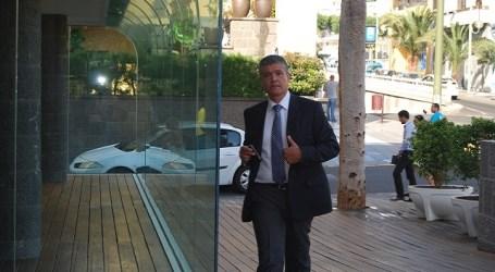 El Jaber deja el PP y cede la plaza del Cabildo al exalcalde de Mogán