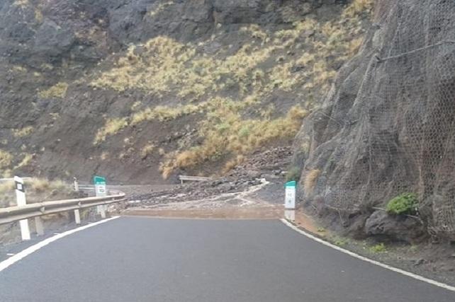 La Aldea, carretera cortada, noviembre 2018