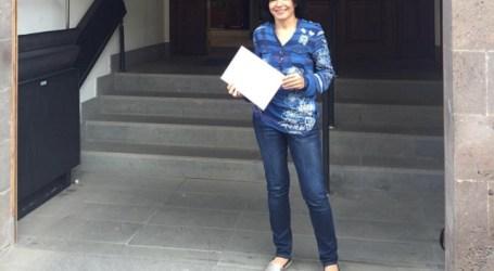 Isabel Santiago (NC) registra la candidatura con la que concurrirá a las elecciones de mayo en Mogán