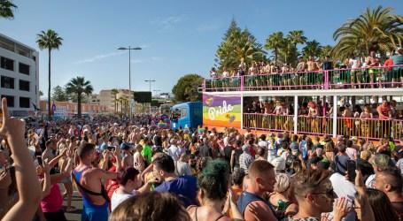 Más de 100.000 personas disfrutan de su libertad en el desfile del Maspalomas Pride 2019