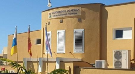 El Ayuntamiento de Mogán reconoce el mérito y los mejores expedientes académicos de su alumnado