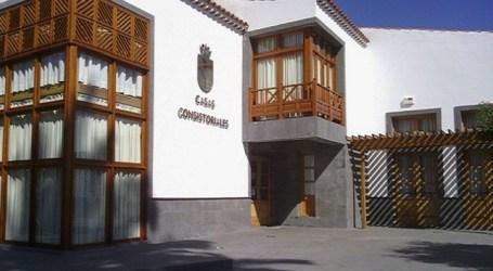 El pleno de Santa Lucía aprueba la creación de una Mesa de Contratación sin políticos