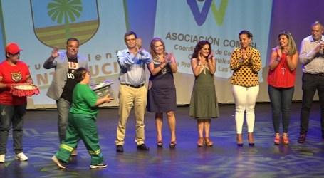 300 usuarios de centros de discapacidad de Gran Canaria llenaron de talento artístico el Víctor Jara