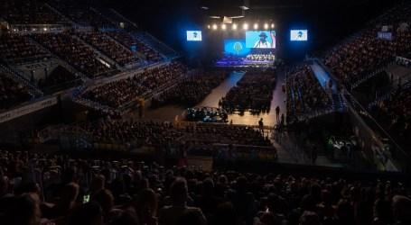 """7.000 personas llenan el Gran Canaria Arena durante el encuentro """"Cumbre de mi Gran Canaria"""""""