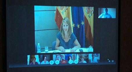 Las Kellys presentan sus reivindicaciones a las ministras Yolanda Díaz e Irene Montero