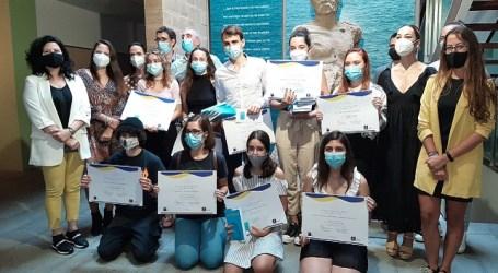 Iryana Morales y Enrique Subiela ganan el primer premio 'Benito Pérez Galdós' de Narrativa Joven, en su 1ª edición Nueve alumnos y alumnas de Educación Secundaria, galardonados en los géneros de novela corta y relato breve