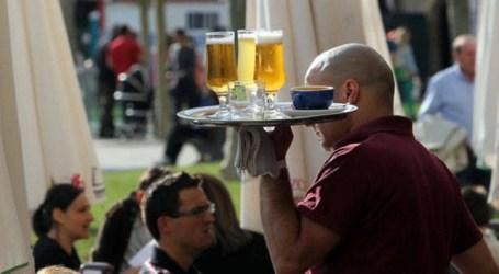 """La patronal advierte que sin el ocio y la hostelería este verano será """"catastrófico"""" en Canarias"""