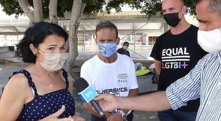NC muestra su apoyo a la activista Emma Colao, en huelga de hambre contra el cierre del banco de alimentos en Mogán
