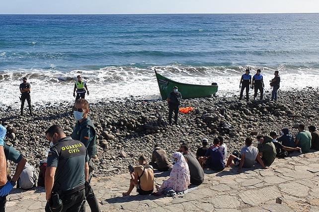 La FIDH se posiciona oficialmente por la crisis migratoria que sufre Canarias La Delegación de la Fundación Internacional de Derechos Humanos en Canarias apremia a que los organismos públicos den respuesta a esta situación de forma inmediata