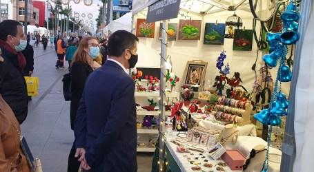 La Feria de Navidad regresa a la Avenida de Canarias con artesanía, reciclaje, bisutería y repostería creativa