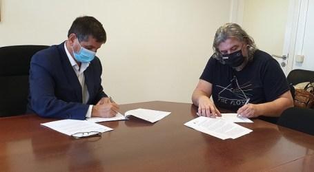 """El Ayuntamiento se une a """"La Liga Arcoiris"""" para que los centros deportivos sean espacios libres de discriminación"""