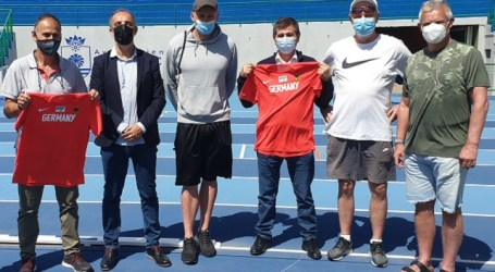 La selección alemana entrena para los JJ.OO. de Tokio en el Estadio de Atletismo de Vecindario