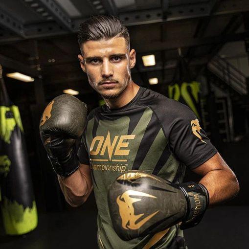 boxeador venum guantes
