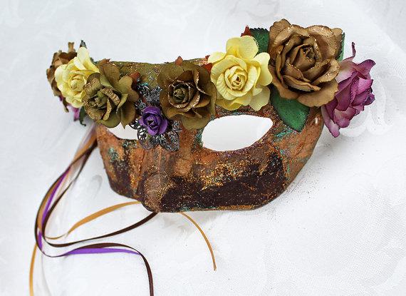 Autumn Tone Muberry Renaissance Mask