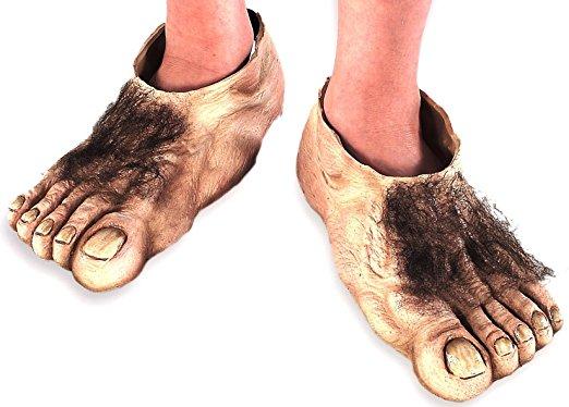 """alt=""""hobbit's feet"""""""