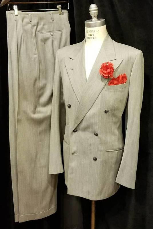 """alt=""""men's suit"""""""