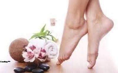 Sử dụng máy massage Max-645 để có đôi chân khỏe mạnh