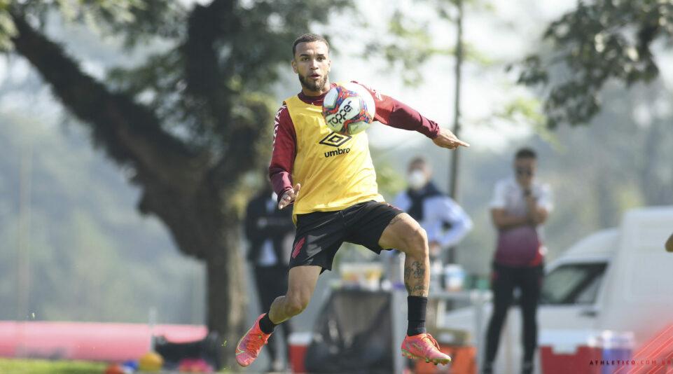 Gustavo Oliveira/athletico.com.br